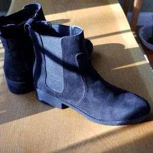 Black Faux Suede Ankle Boot. Fits like 9.5 US